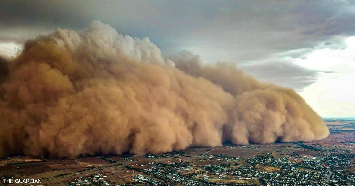 عاصفة ترابية في أستراليا