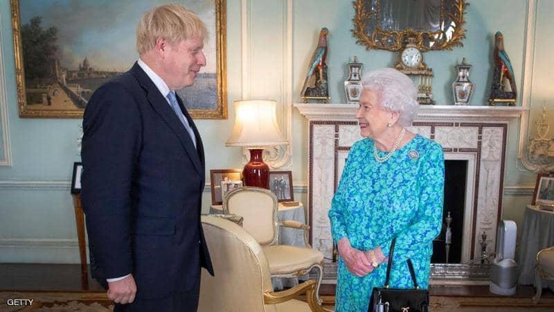 الملكة إليزابيث وجونسون