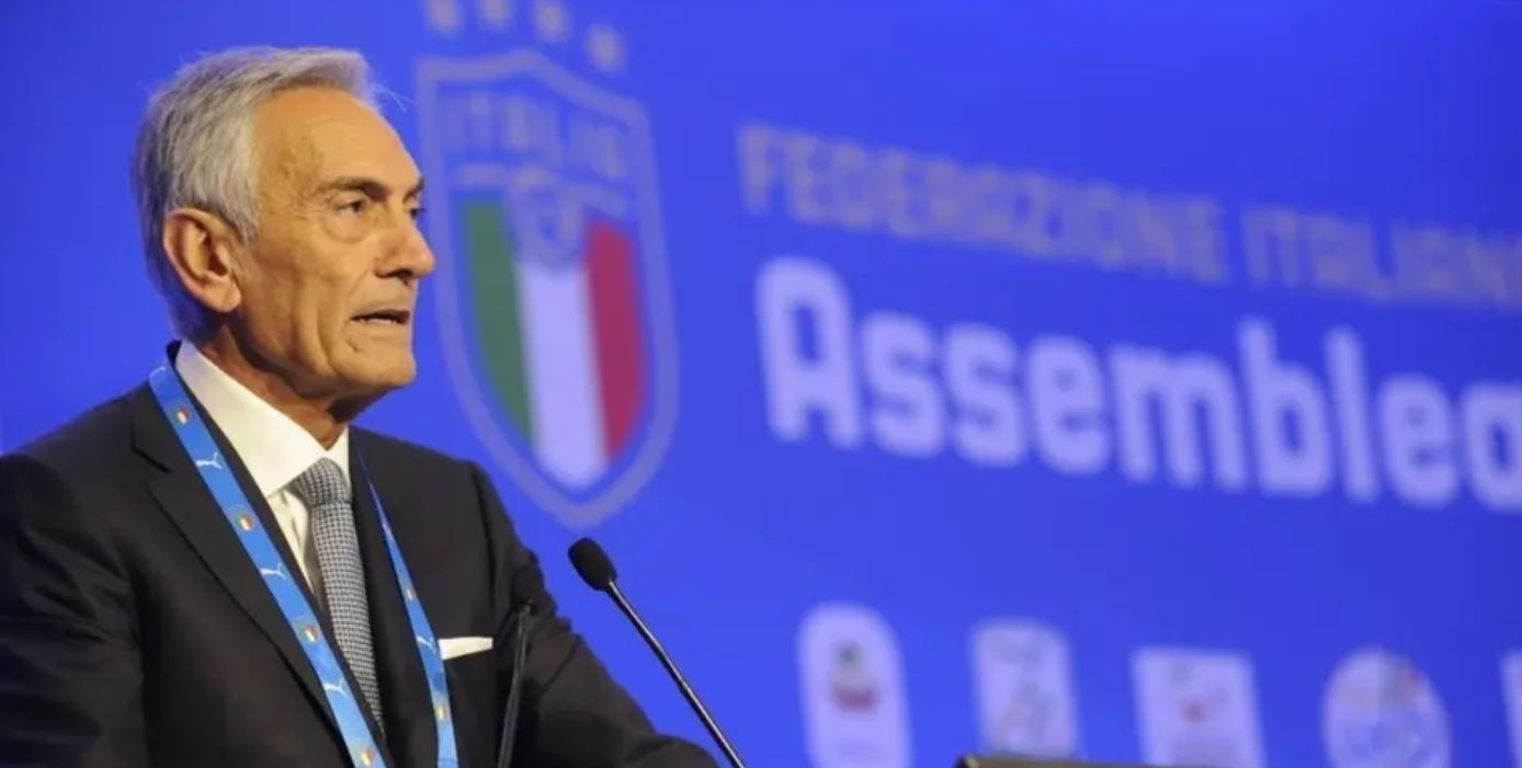 غابرييلي غرافينا رئيس الاتحاد الإيطالي لكرة القدم