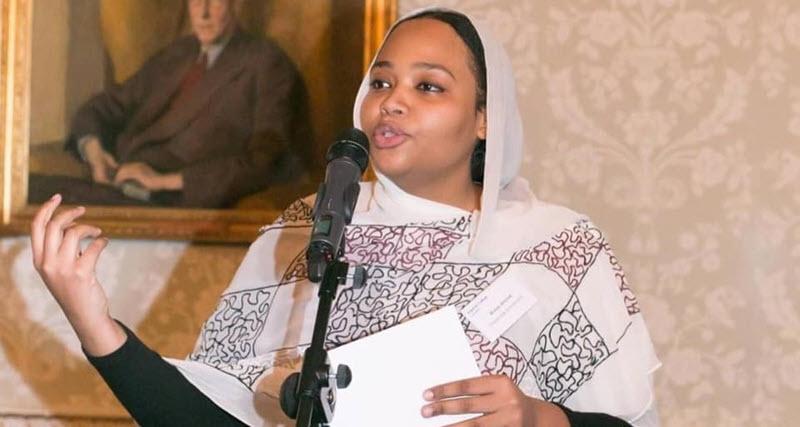 وزيرة الشباب والرياضة السودانية ولاء البوشي