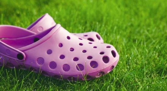 حذاء كروكس